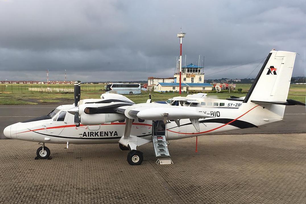 DHC-6-300 5Y-BIO Airkenya  CarmenF76 Photo ©