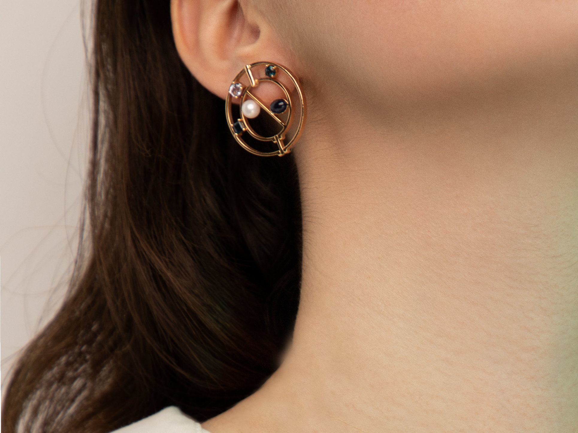 colure  modular earring that can be worn in two different ways and lengths
