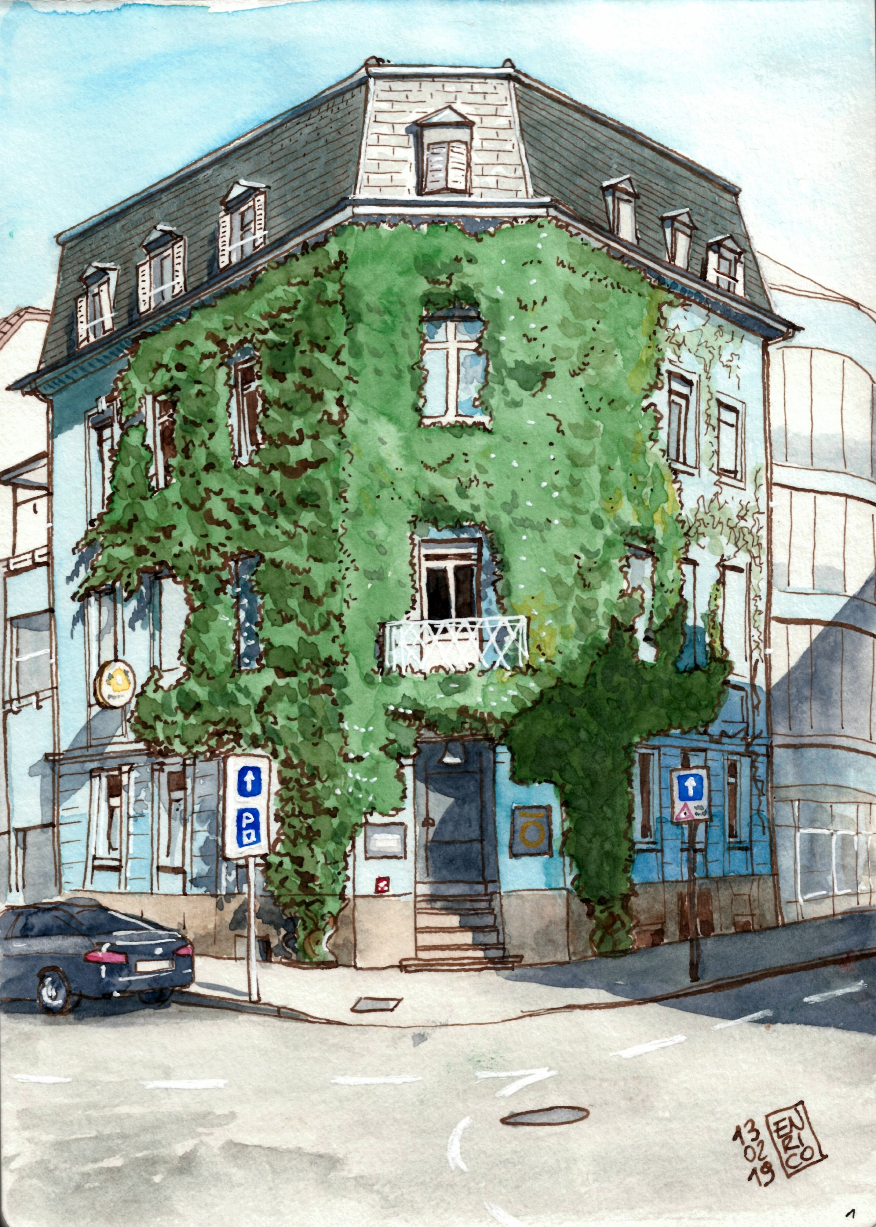 I like this ivy-covered building