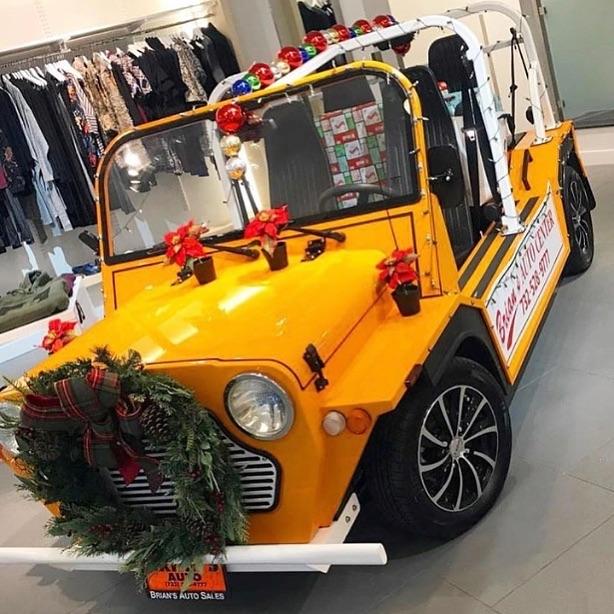 Yule love it🎅🏻♥️🤶🏻 #mokeamerica #christmas #bestchristmasgift #bestchristmasgiftever #moke #merrychristmas #electric #newvehicle
