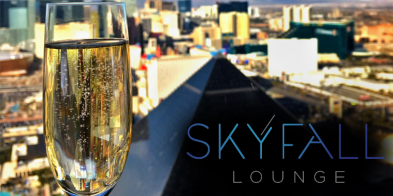 skyfall_champagne.jpg