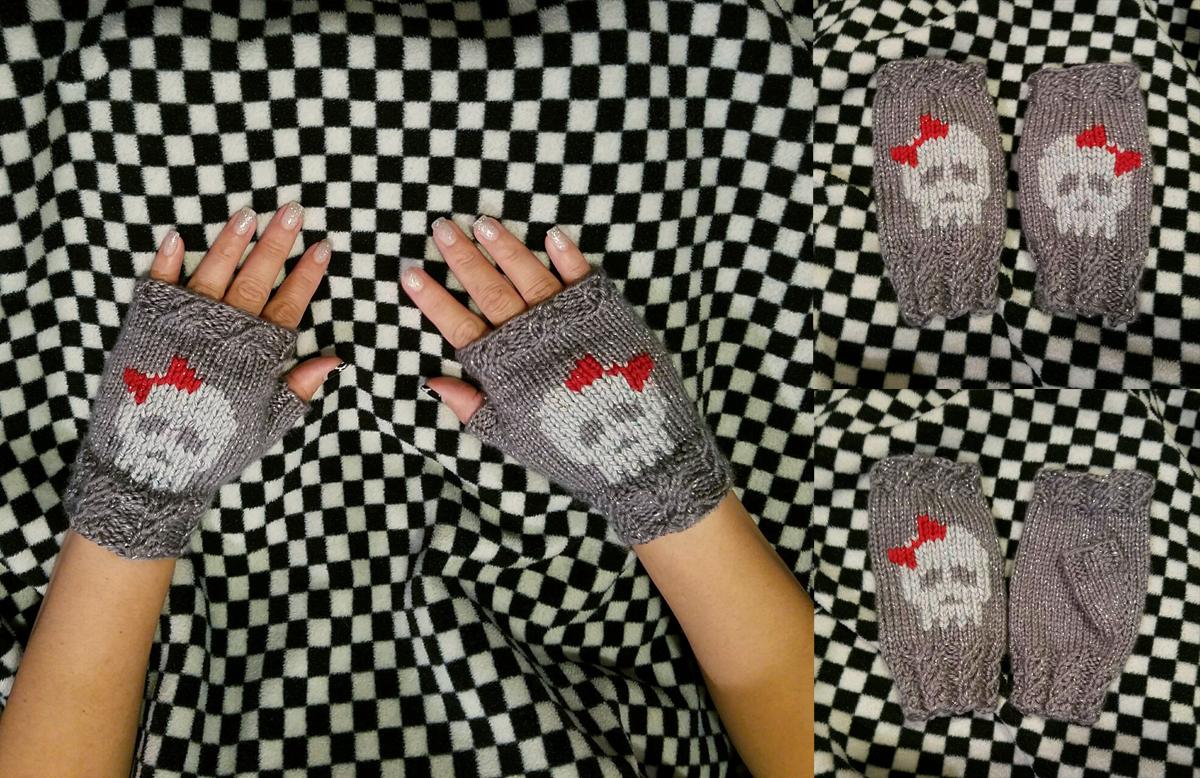 Skull Fingerless Mittens
