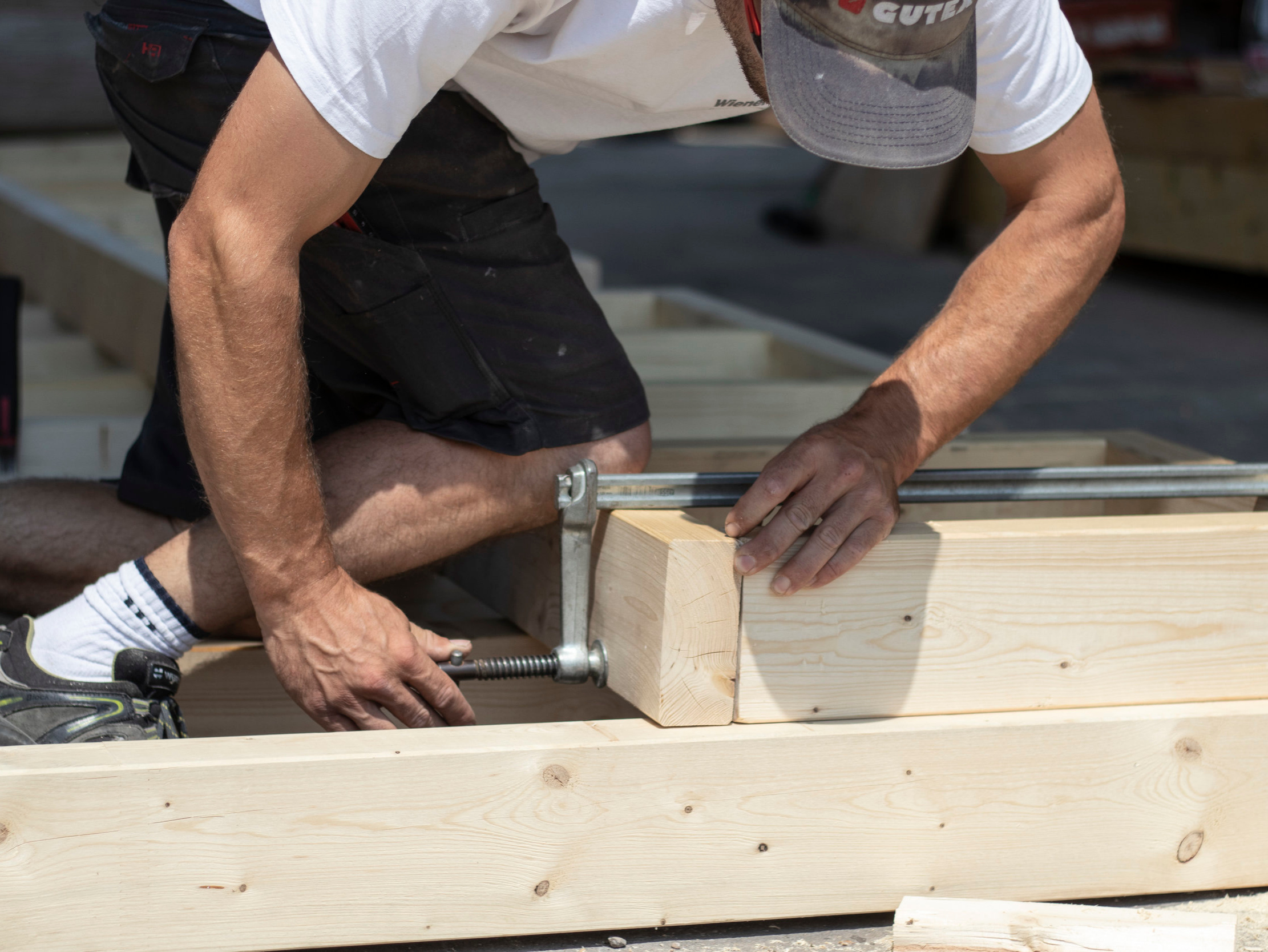 Carpentry - HANDYMACK helps install and build a variety of customized carpentry projects. From cabinets to pool deckse provide experienced, master craftsmen who can handle every project with the quality you expect and deserve.