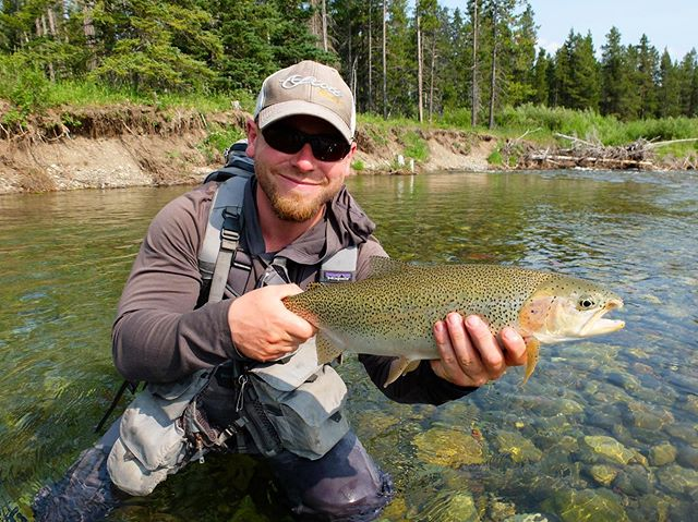 Happy opening day everybody! Tight lines and be safe out there 🤙🏼. #flyfishing #openingday #trout #explore #alberta #supportyourlocalflyshop #flyfishingjunky #wildernessculture #backcountry #trout #walkandwade #guide #cutthroat #bulltrout #alberta