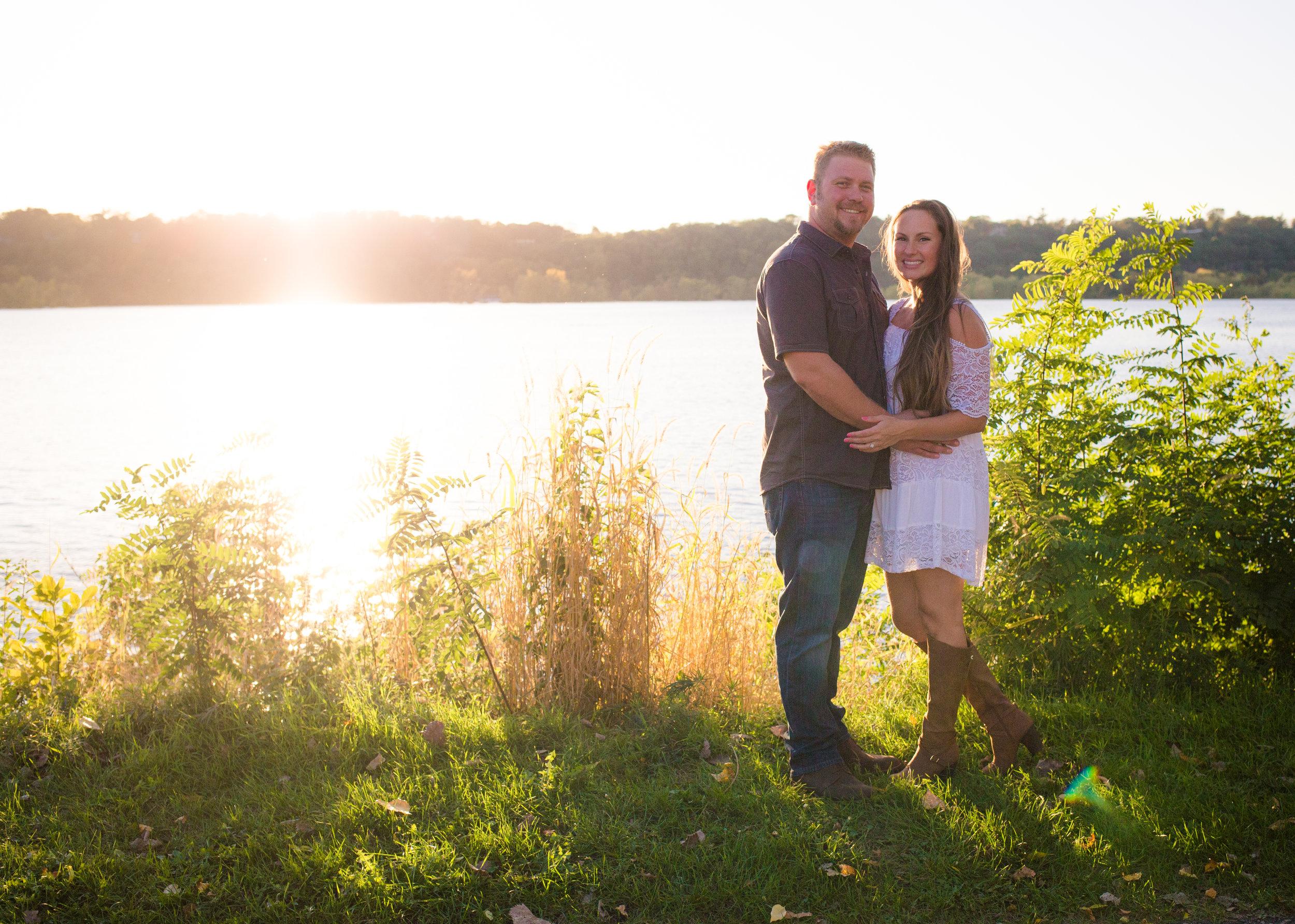 Tori & Nate Engagement - Alycia Faye Photography -0115.jpg