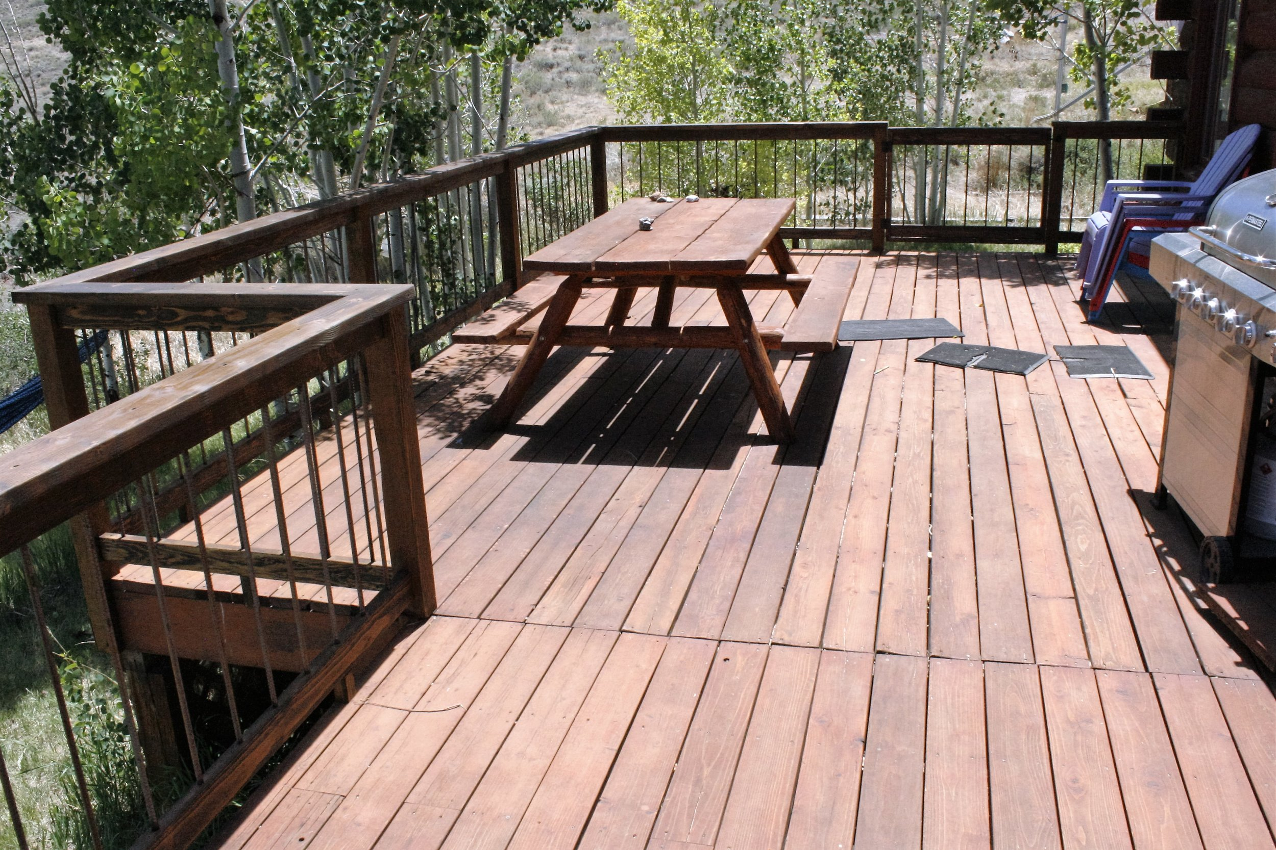 Deck railing with 1/2 inch rebar baulisters