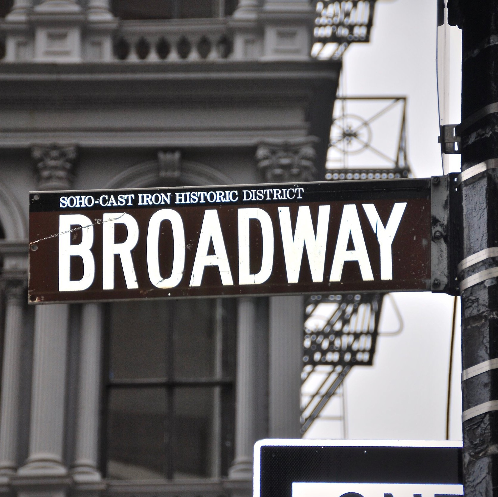 OffOff Online - I galavanted around Manhattan viewing off-Broadway plays and was granted access to some of NYC'S most talented actors and actresses.