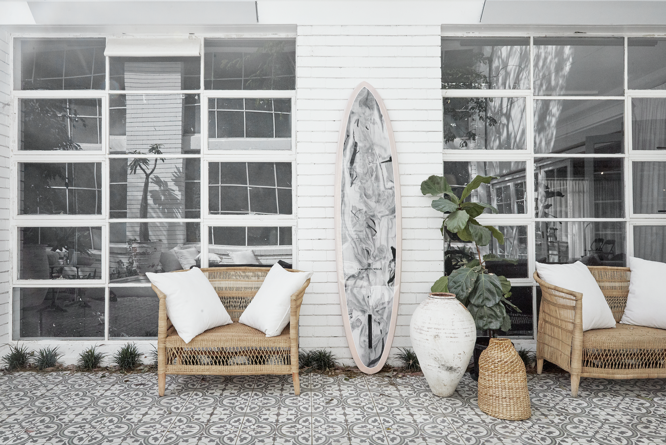 SW_SURFBOARD_INTERIOR_001.png