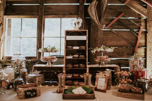 Vintage-Rustic-California-Wedding-at-Baileys-Palomar-Resort-Jaicee-Morgan-31-600x400.jpg