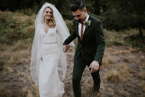 Vintage-Rustic-California-Wedding-at-Baileys-Palomar-Resort-Jaicee-Morgan-41-600x400.jpg