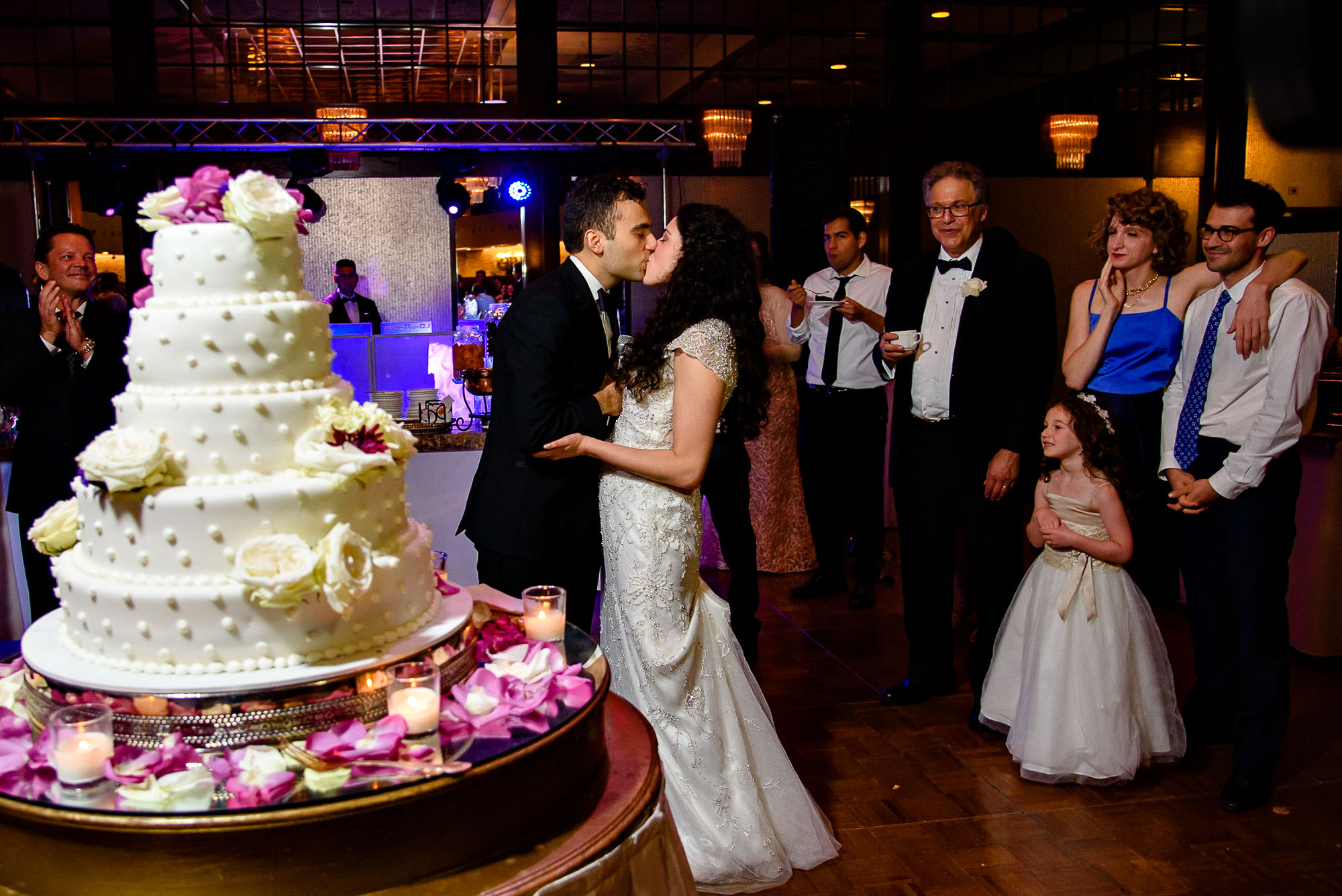 The Sephardic Temple wedding cake cutting