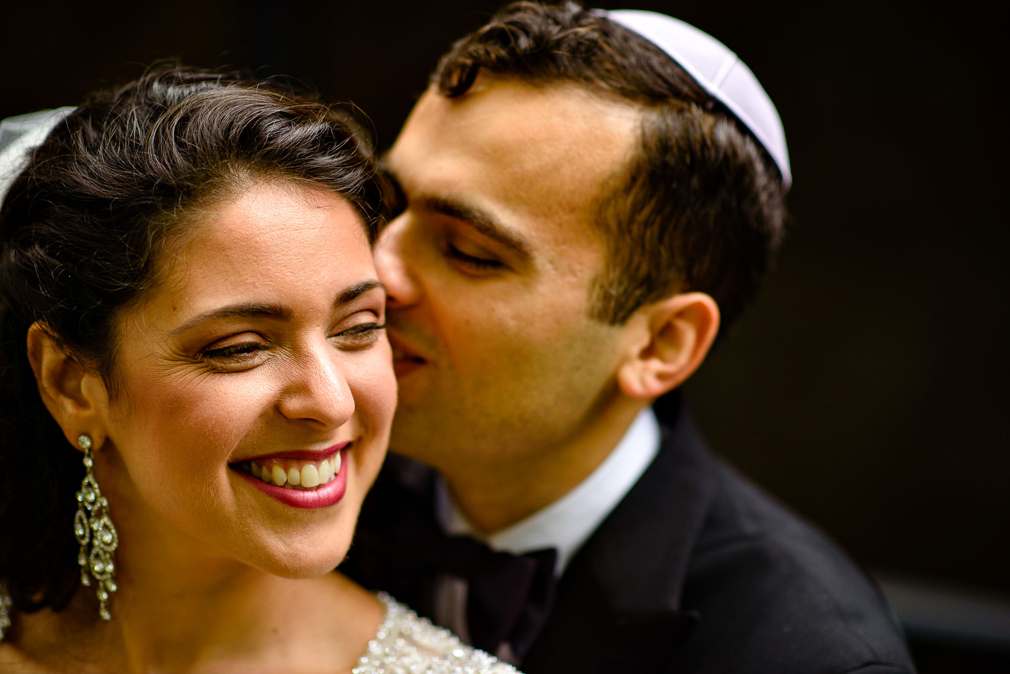 The Sephardic Temple wedding portrait