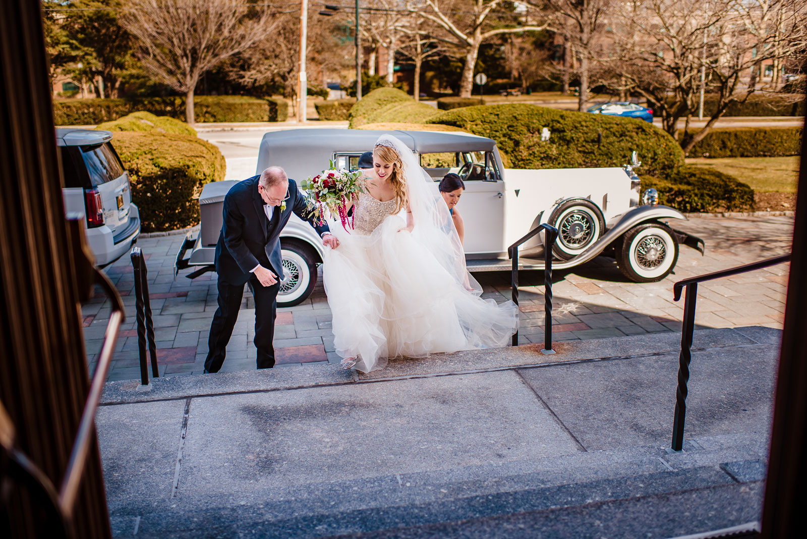 NYIT de Seversky Mansion Wedding bride and father come to a chur