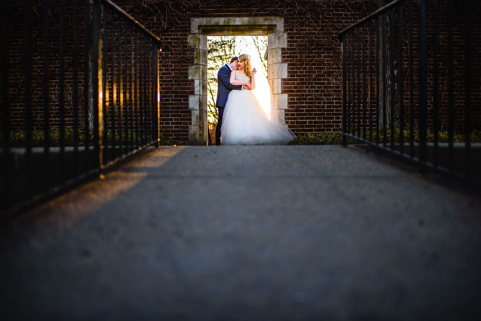 NYIT de Seversky Mansion Wedding bride and groom opening