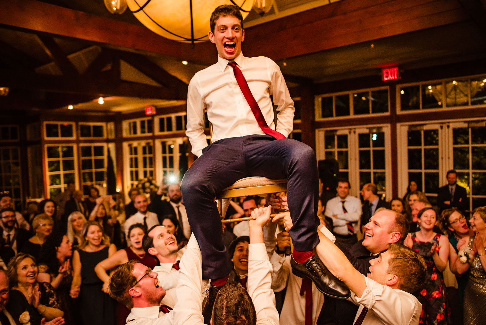 Groom hora chair dance