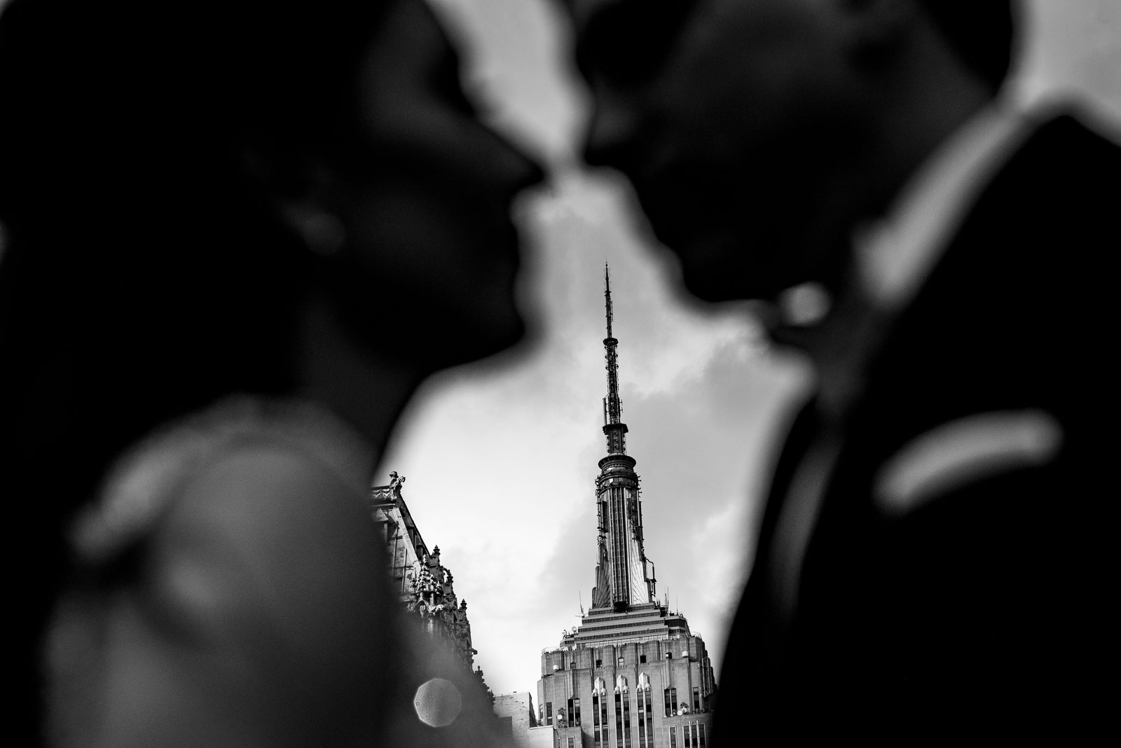 Bride and groom portrait empire state buidling