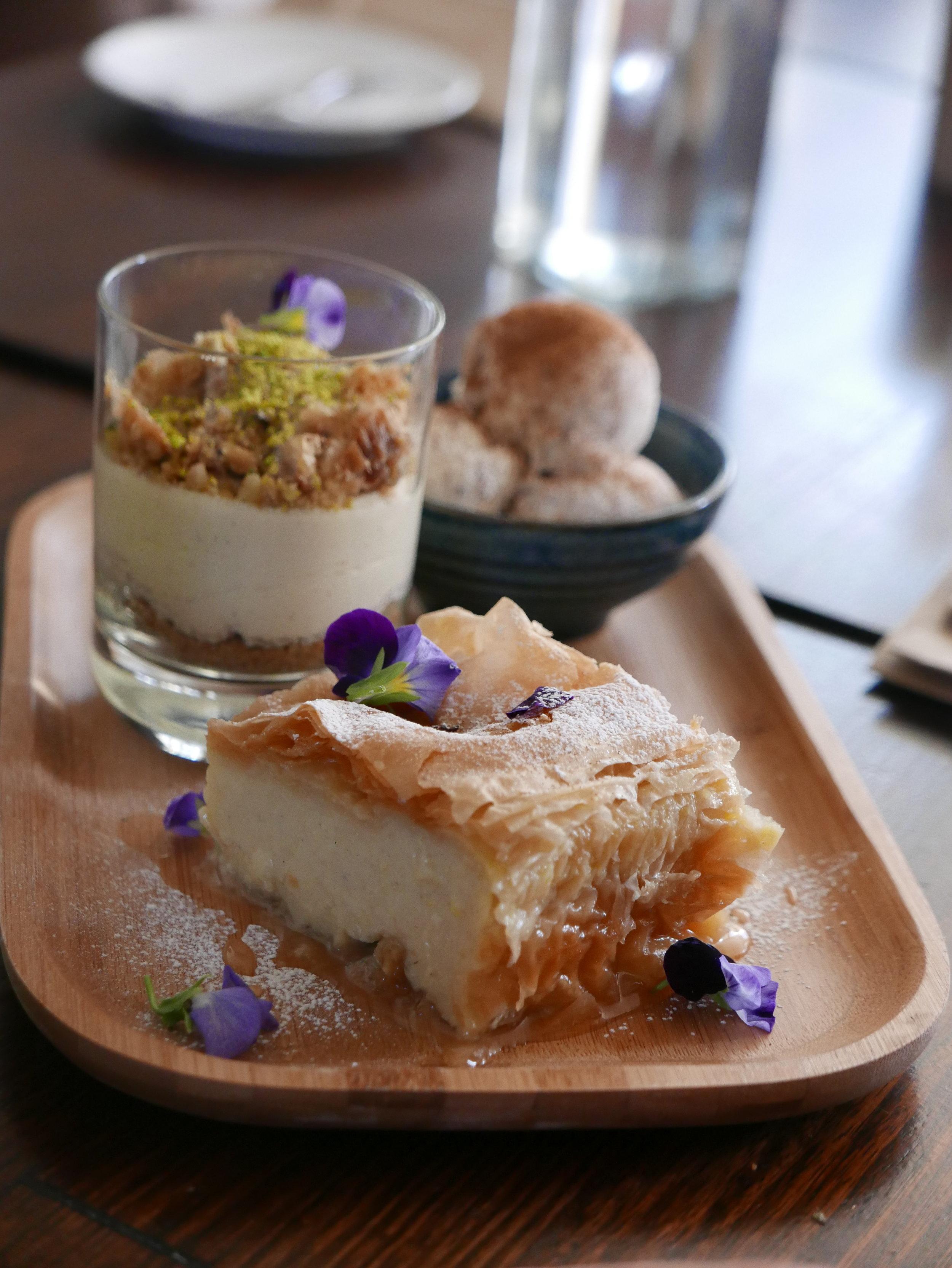 dessert platter.JPG