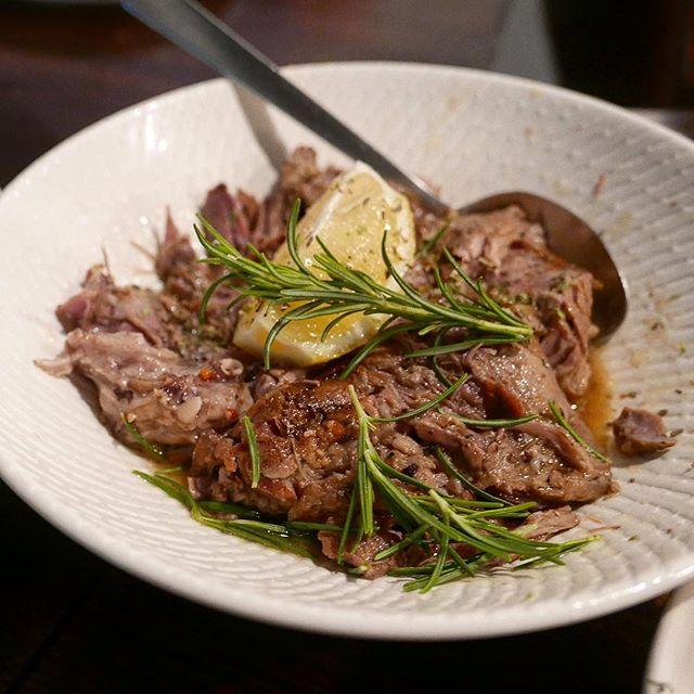 Hump day made better with slow cooked Greek lamb 👌🏼✨🍗 #baharirichmond #greeklamb #lamb