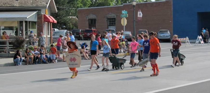 Parade-with-kids.jpg