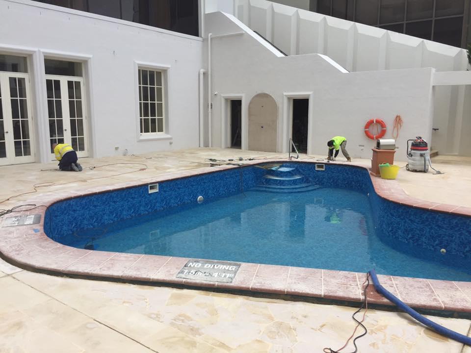 Pool p1.jpg