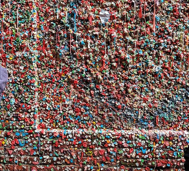 Gum anyone?  #sticky #situations #yikes #seattle #seattlethings #gumwall #teampixel