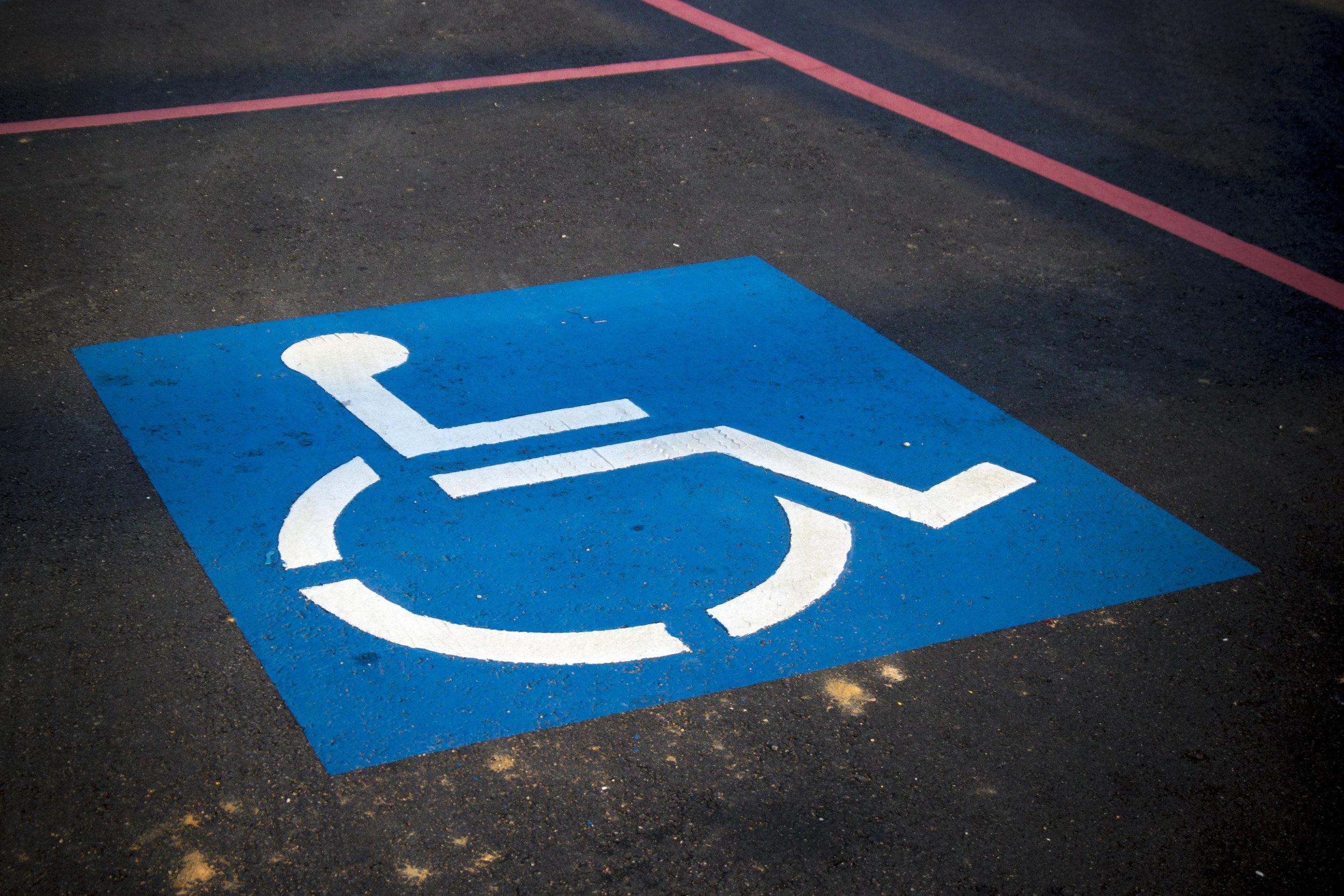 Existen Beneficios y Descuentos - Para los viajeros con discapacidades motoras