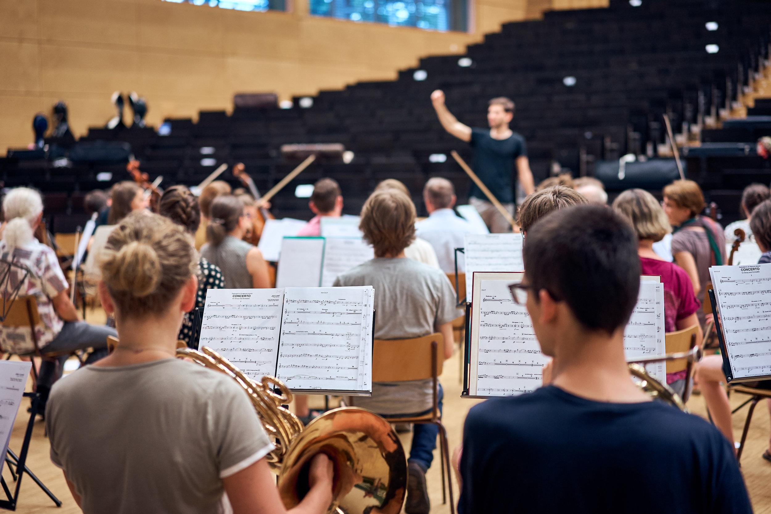 Orchesterprobe__MaximilianHelm_017.jpg