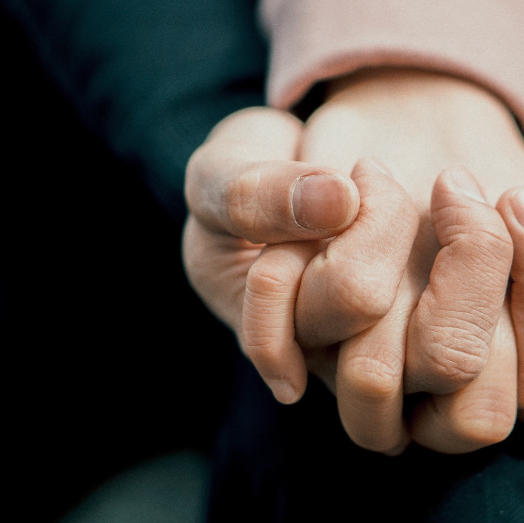 Får du hålla handen tillräckligt ofta?