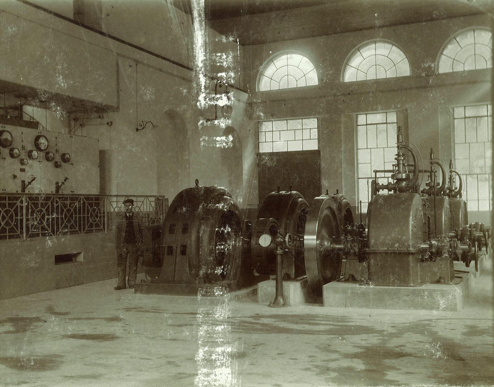 CentraleMorobbia_interno_1903.jpg