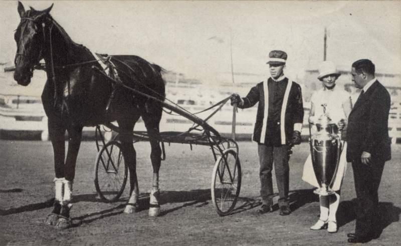 Spencer(BillyLeese)Presentation1928Syracuse.jpg