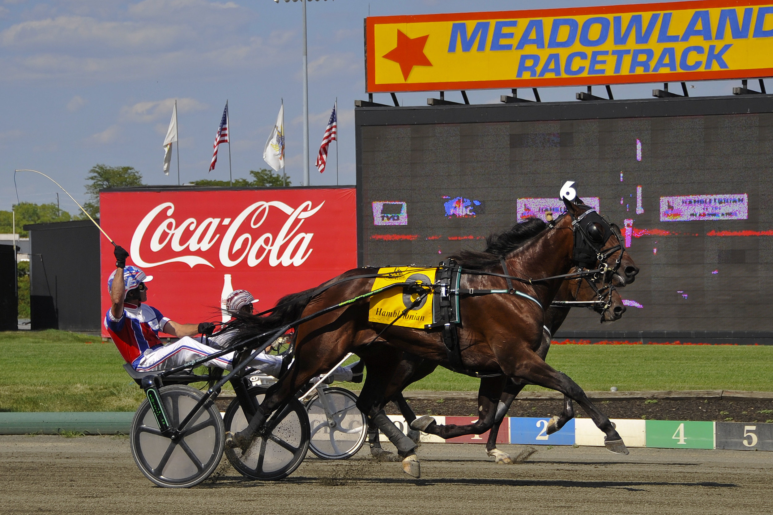Hambletonian finish 4.JPG