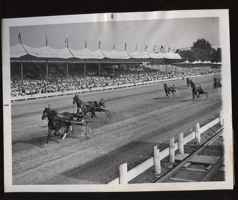 1958 wire photo.jpg