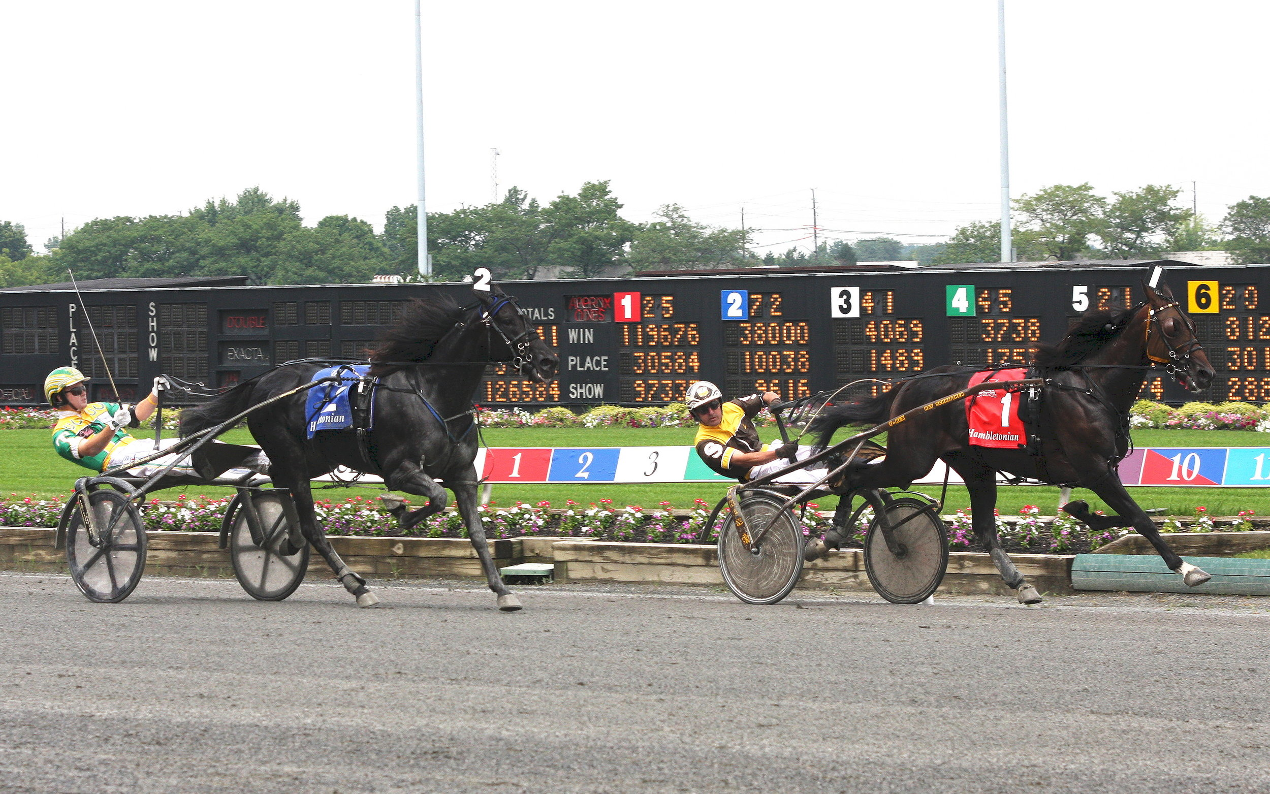 8-2-08 M1 Hambletonian 336 race (3).jpg
