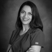 Dr. Yamini Abbaraju - Dr. Yamini Abbaraju earned her Doctor of Dental Medicine degree, with honors, from Boston University, Goldman School of Dental Medicine and practiced in Green Bay, WI, and Boston, MA, before the lure of warm weather attracted her to the Houston area.