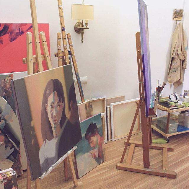 I wish my studio were bigger.⠀ I wish it had direct sunlight. ⠀ I wish I could paint the walls without any worry and have dozens of paintings hanged so I could see them all better as I work on them.⠀ I wish my canvases storage were bigger and more organized.⠀ I wish I could get out of my house to go to work. To go to my studio.⠀ ⠀ But for now, this is what I have: a beautiful small room, all for me. All private. In my home. ⠀ A beautiful floor I can paint without any worry. (I just need to avoid the walls, that is)⠀ ⠀ #studiolife #studiotime #contemporarypainting #portraitpainting #andreacastro #paintingforfun #studioday #afternooninthestudio #morningroutine #dailyroutine #amazingjob #artstudio⠀ ⠀ ⠀ ⠀