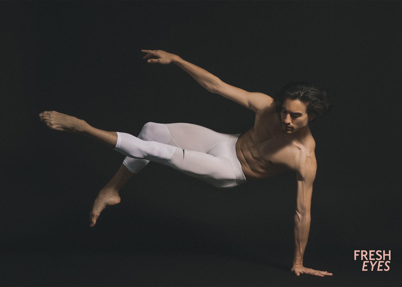dancer0002 copia.jpg