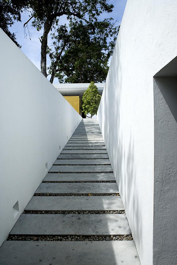 rir-arquitectos-casa-honda-2.jpg