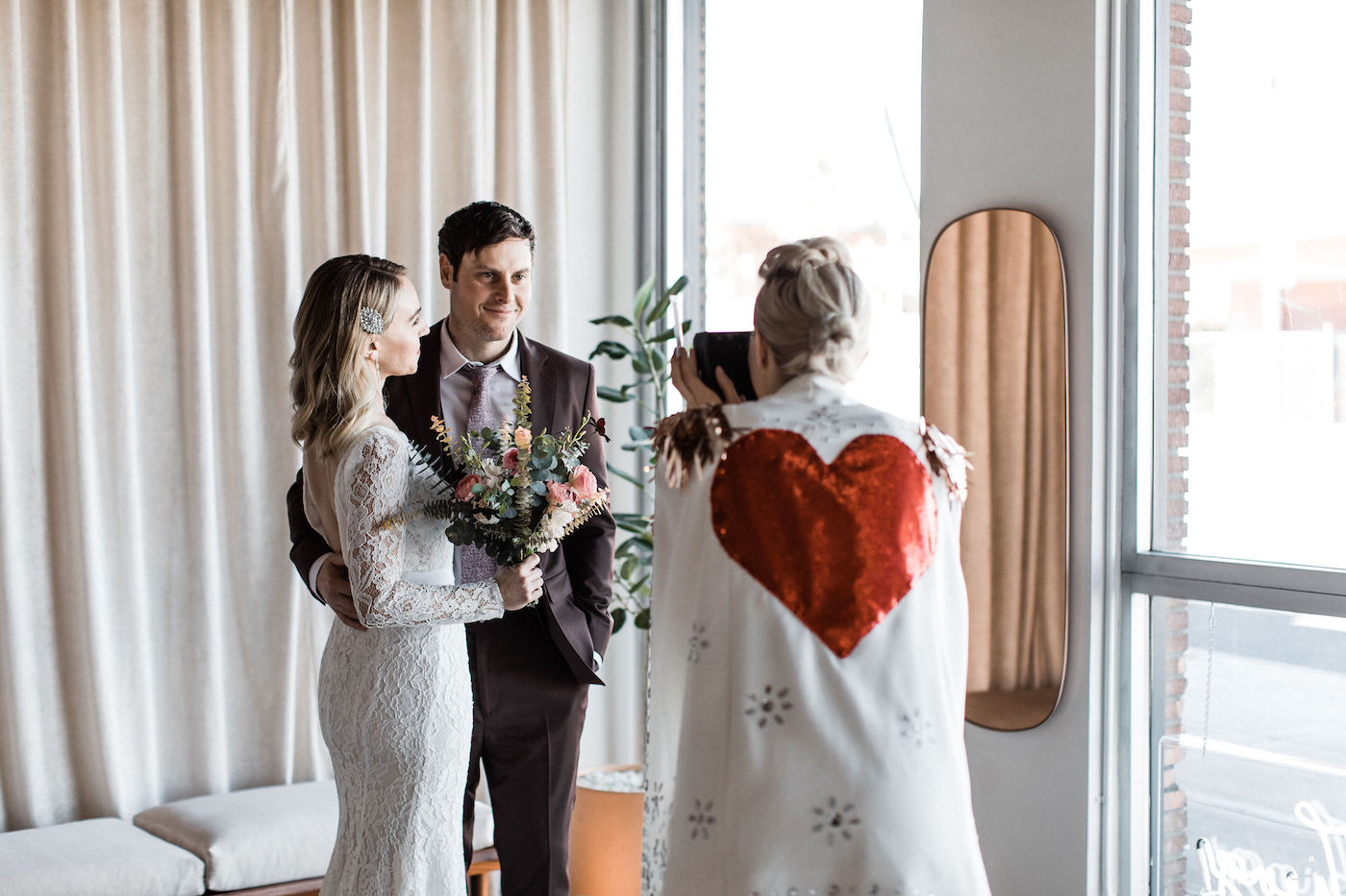 midcentury modern las vegas wedding chapel00032.jpg