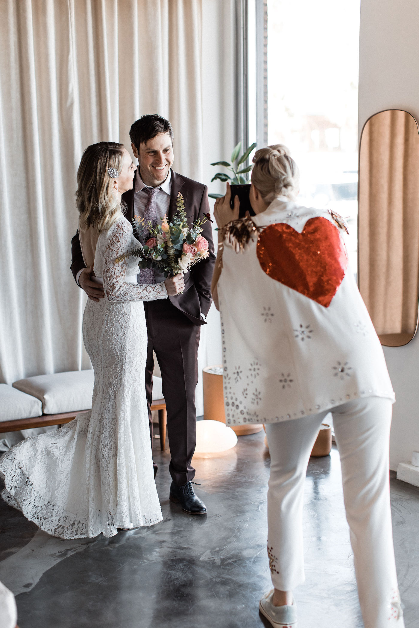 midcentury modern las vegas wedding chapel00033.jpg