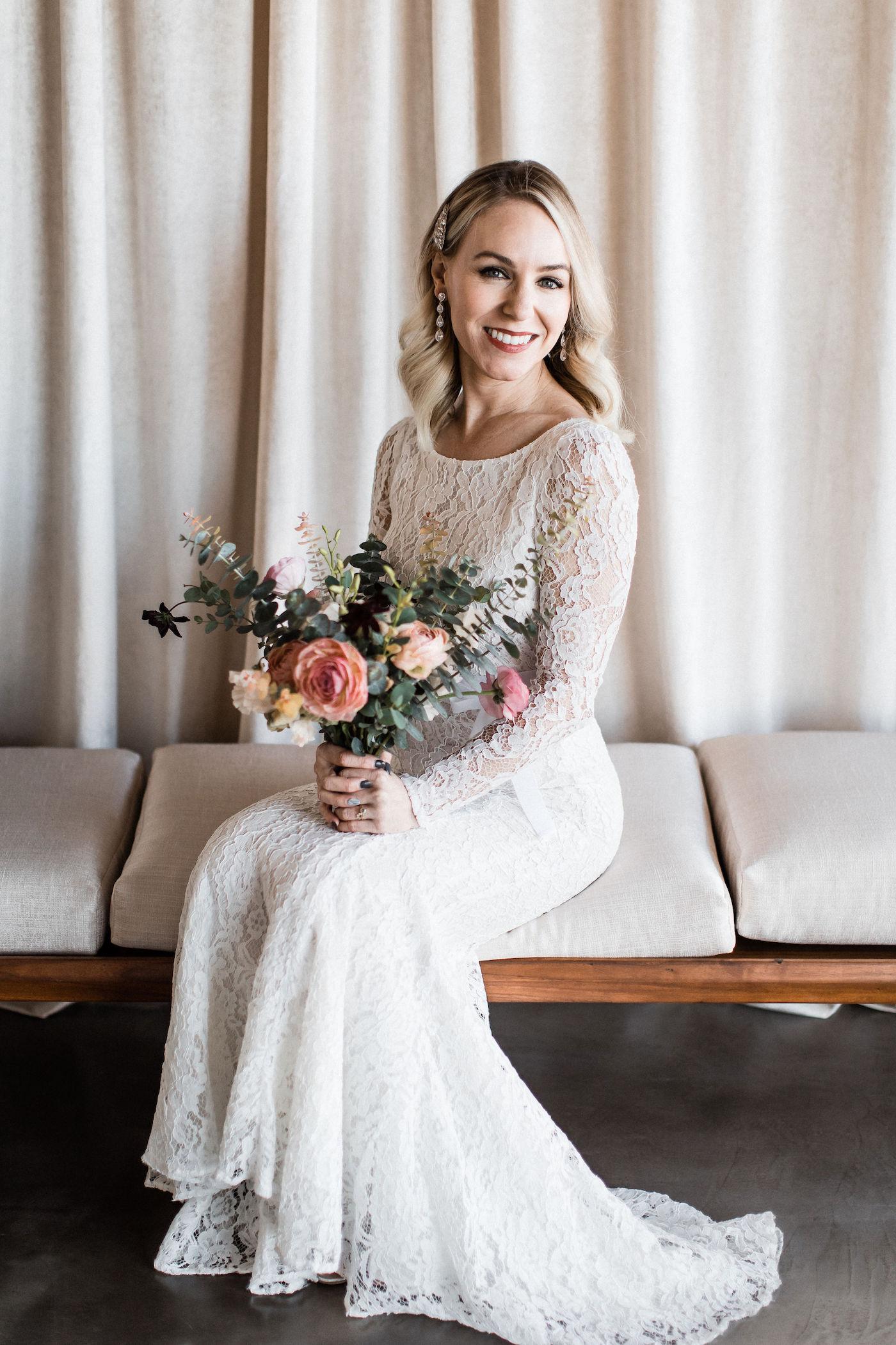midcentury modern las vegas wedding chapel00002.jpg