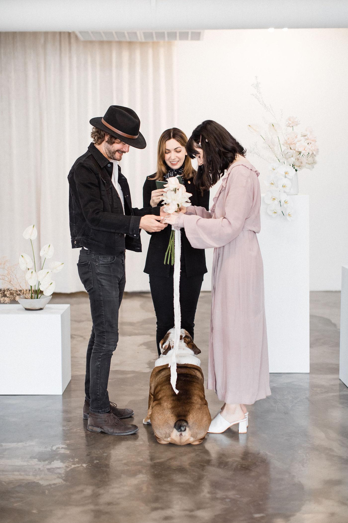 minimalist las vegas wedding chapel00004.jpg