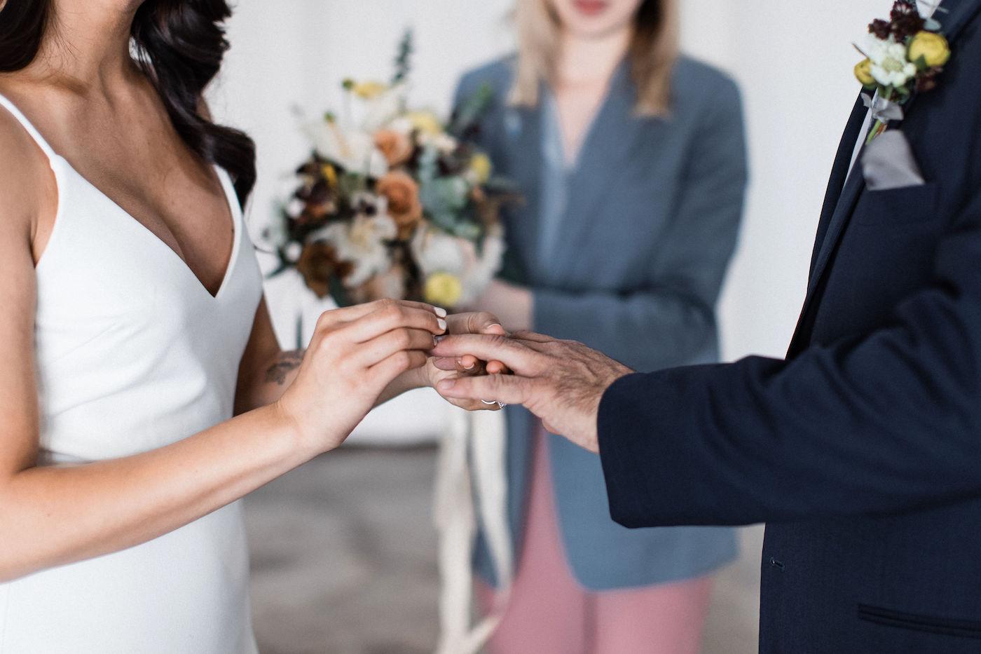 minimalist bride 00014.jpg