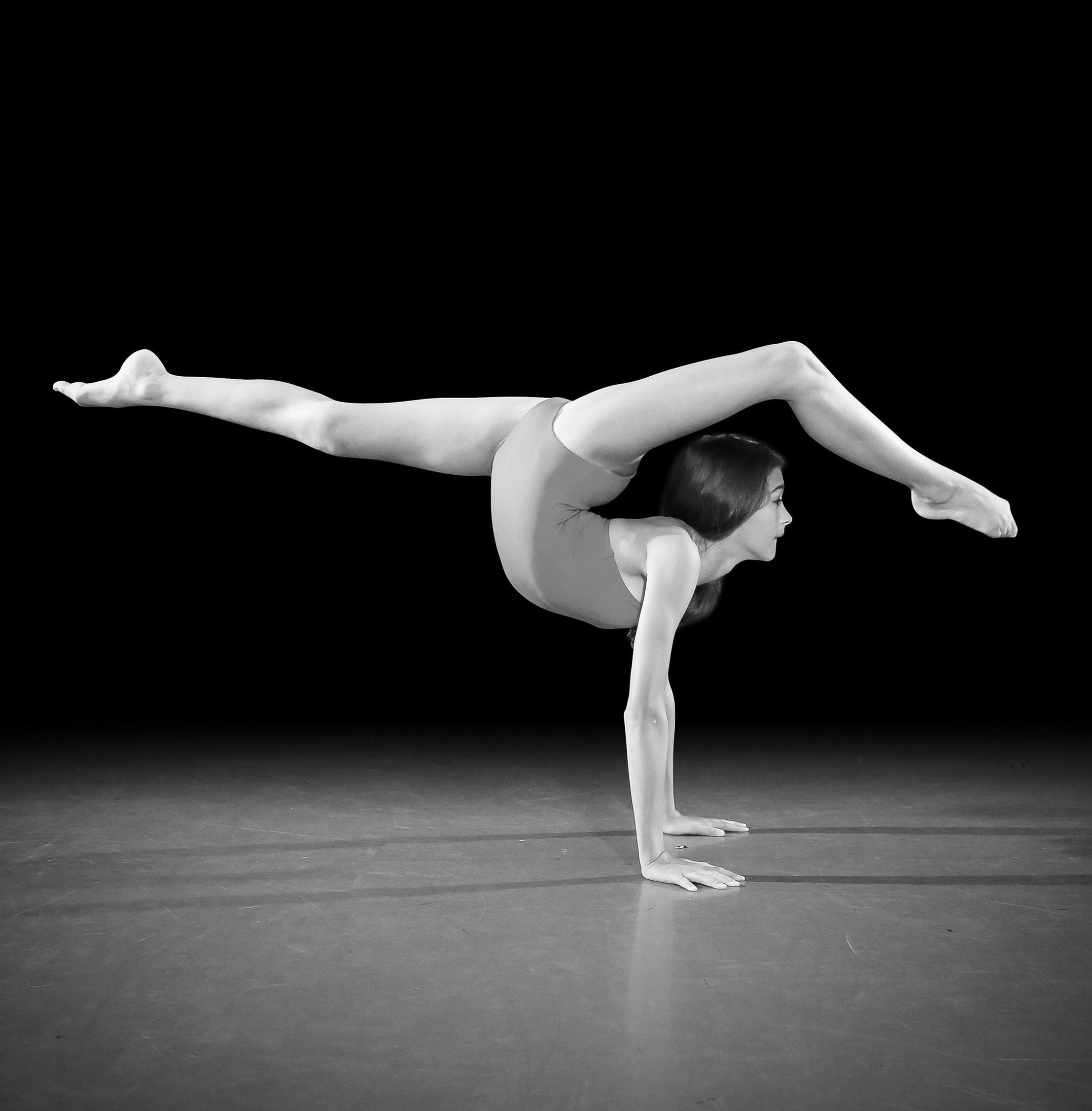 ACRO - acrobatics: strength, flexibility + balance