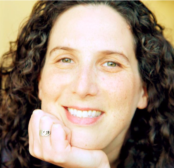 Sarah Entine, an award-winning dyslexic documentarian and certified mindfulness instructor..png