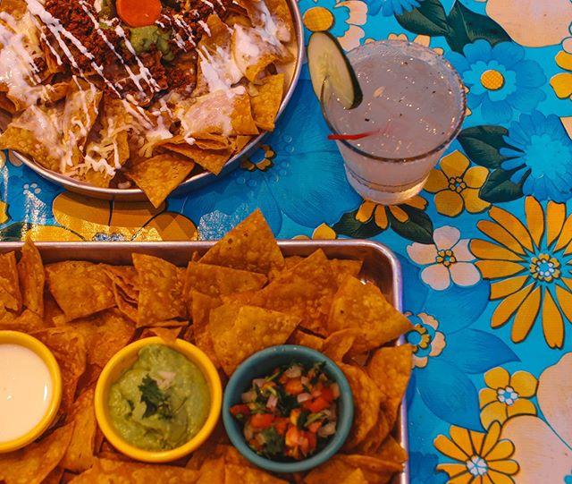 Crunch...Best chips along with our salsa guacamole!! 🥑🥑 Torta Thursday $11 ALL DAY!  Margaritas $5 $2 Tecate ceniceros ************************************ #chips #guacamole #quesodip #chucktown #elpinchotaco  #eater #charlestonsouthcarolina #chseats #patio #margarita #thirstythursday #jamesislandsc