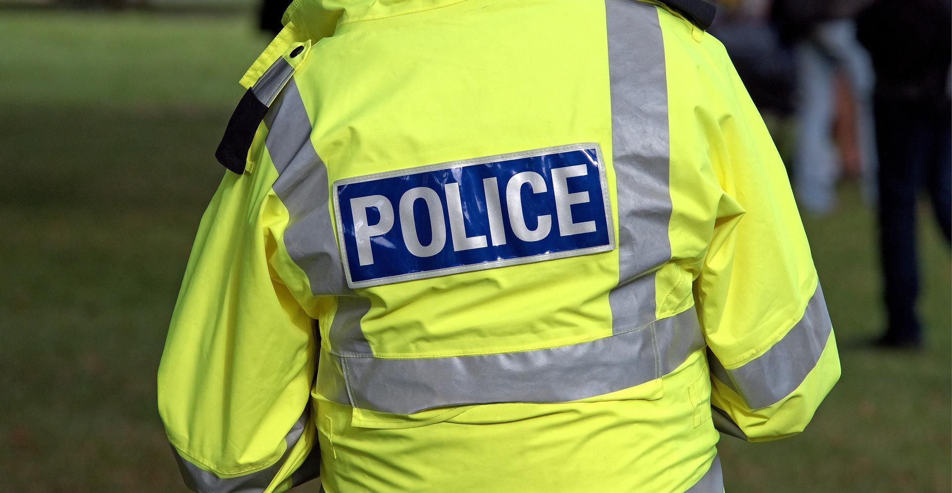 police-1665104_1920.jpg
