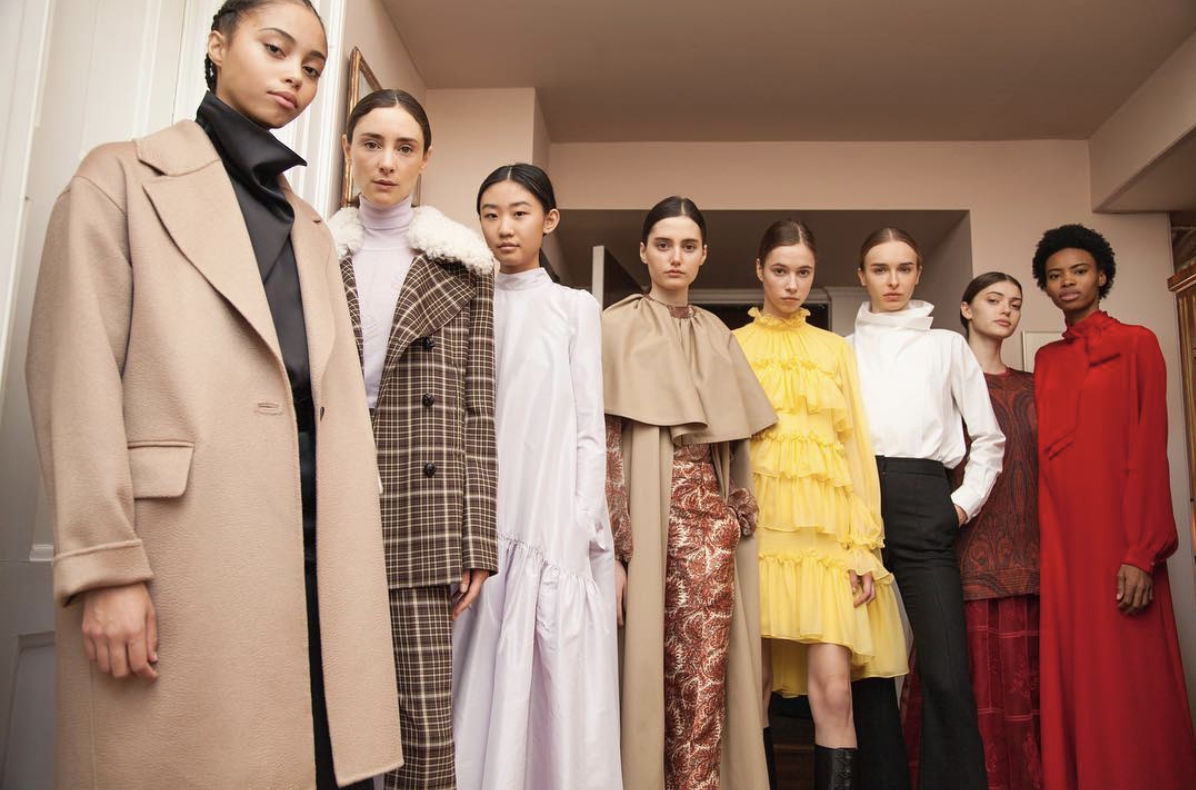 ADAM LIPPES FALL 19 CAMPAIGN - Adam Lippes Fall 2019 NYFW Presentation and press photography. The content debuted on the front page of Women's Wear Daily (WWD).Creative Director: Peter SohnDesigners: Lauren Sehner + SKi KolzynskiPhotographer: Young SohnAssistants: Renee Collins + Rupal Banerjee + Phil Tum-Suden + Odin Fors