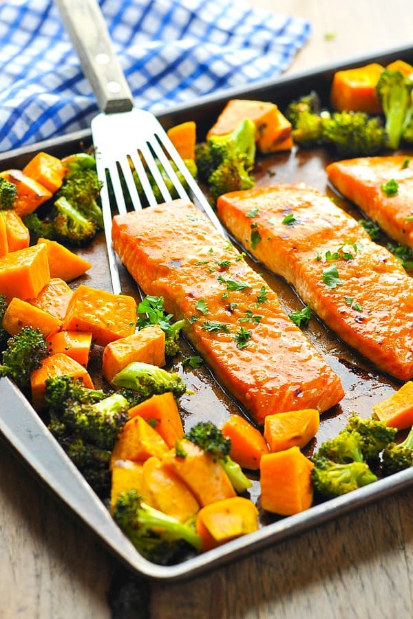 11 Healthy Sheet Pan Dinners To Try