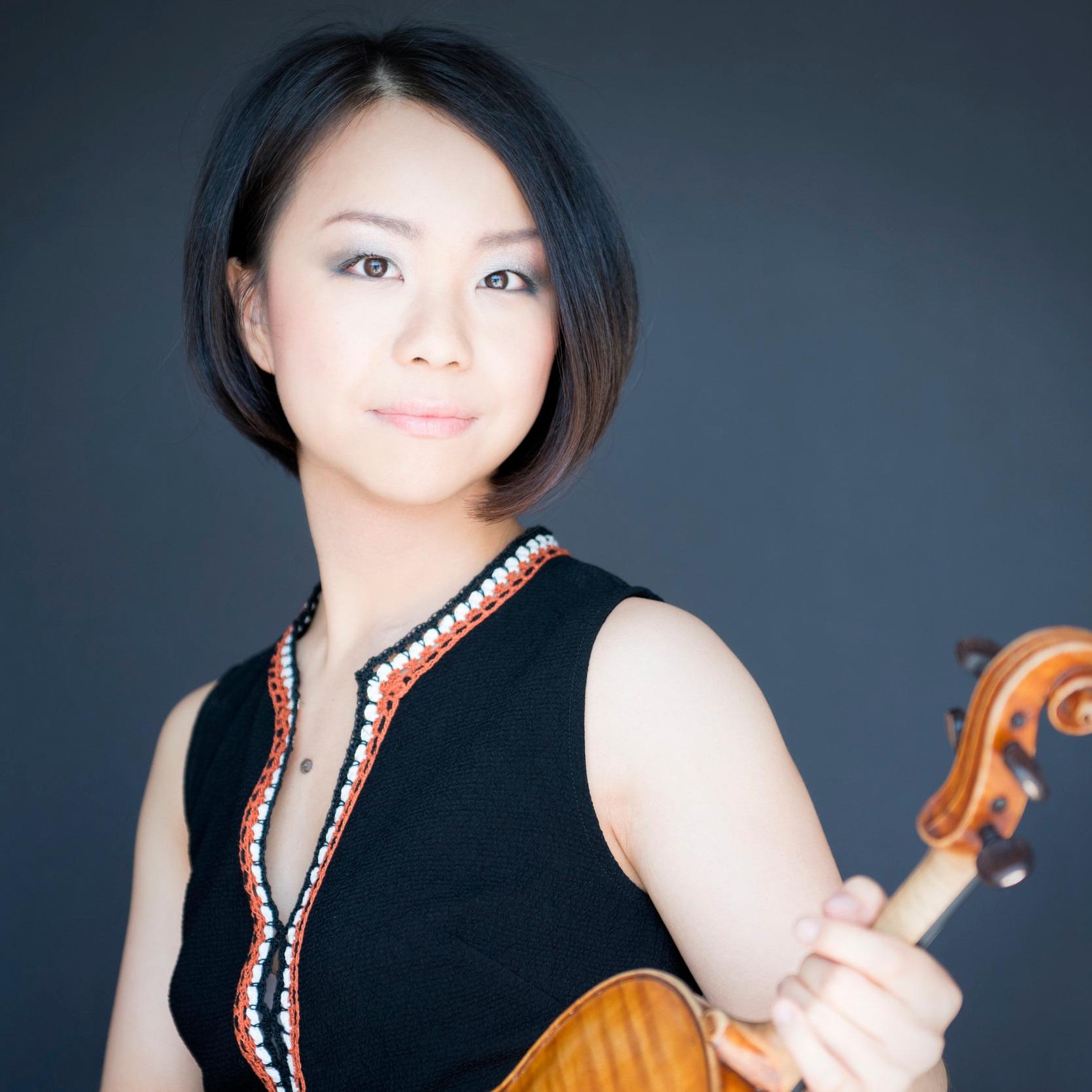 Mari Lee, Violin