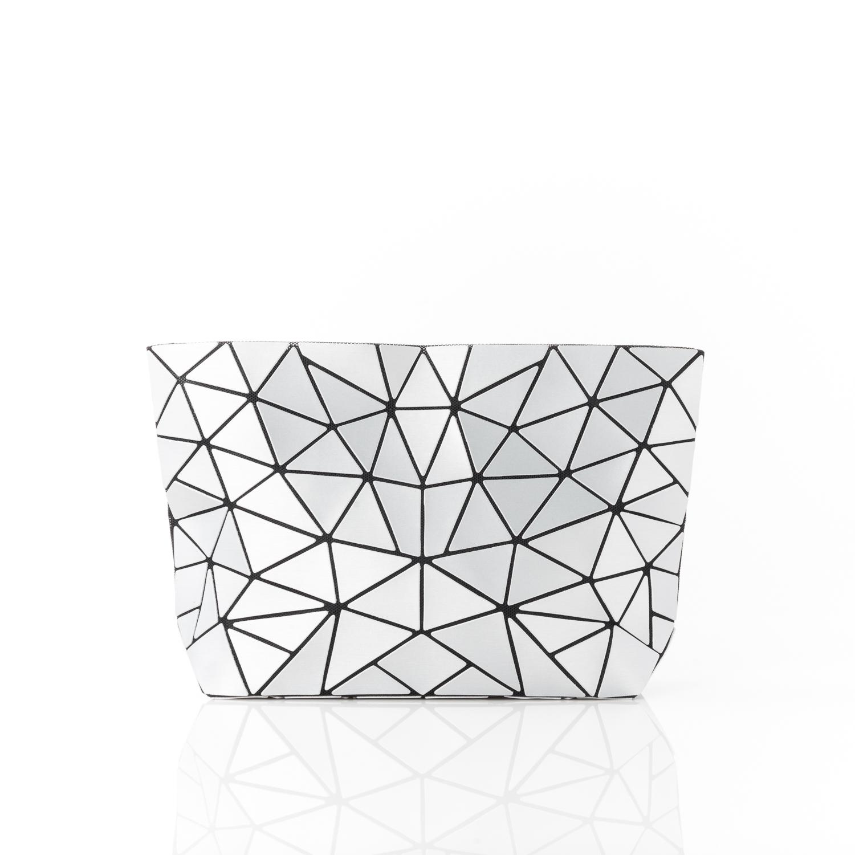 claspandclutch-handbags-na-geometricshouldercrossbodyclutchbag-mattesilver-NA001-1.jpg